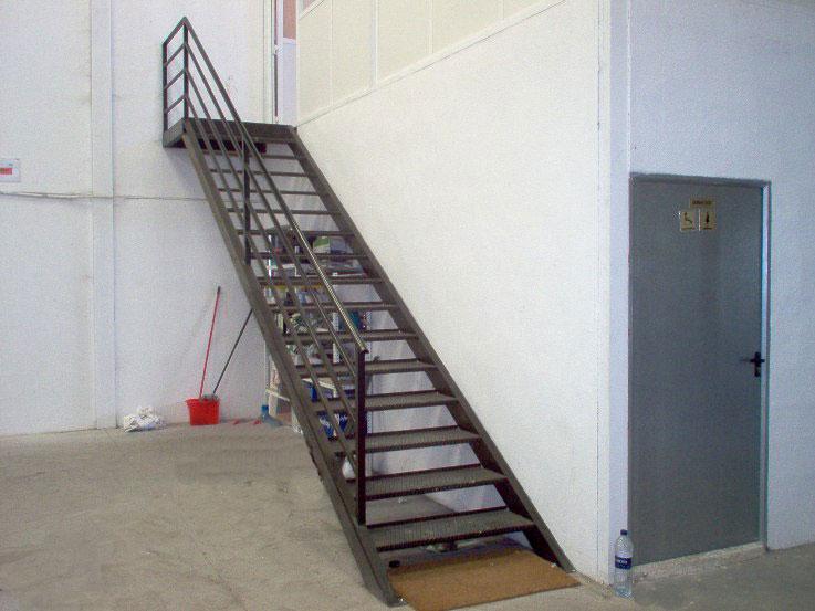 Hierro - Escaleras de hierro ...